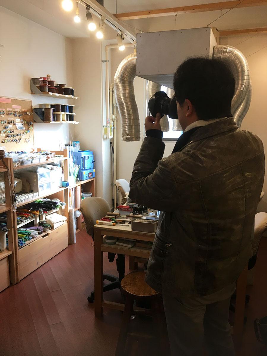 書籍 自分で作るとんぼ玉&ガラスアクセサリー2 撮影風景