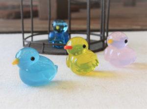 とんぼ玉教室京橋校(大阪)特別講座「幸せの小鳥さんをつくろう!」11月